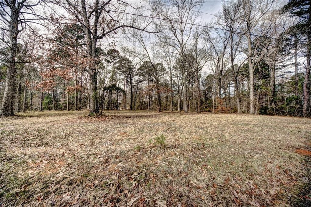 Campbell Dr, Natchitoches, LA 71457