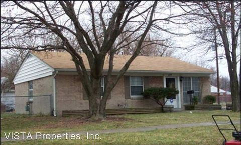Photo of 5409 Robinwood Rd, Louisville, KY 40218