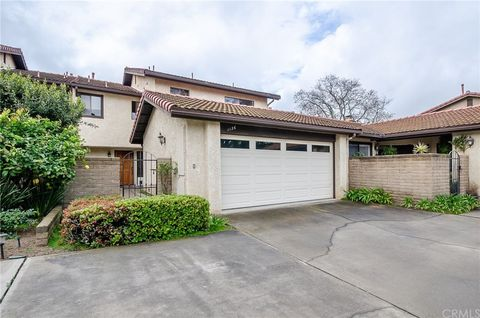 Photo of 1136 Via Mavis, Santa Maria, CA 93455