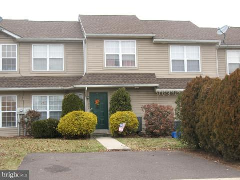 1240 Fieldstone Ct, Quakertown, PA 18951