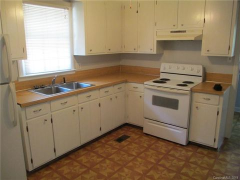 Photo of 116 Wesley Woods Rd Unit A, Monroe, NC 28110