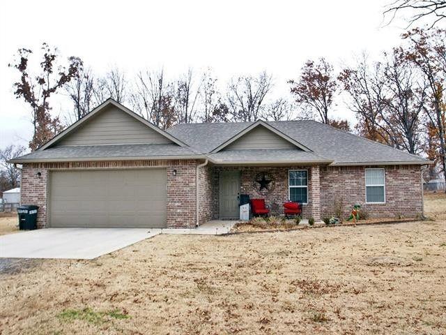 12860 W Southern Oaks St, Tahlequah, OK 74464