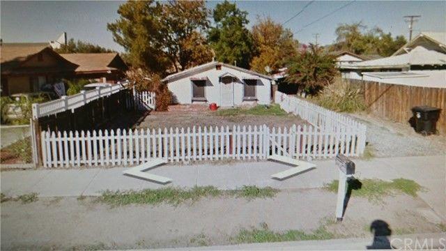 1240 E Mayberry Ave, Hemet, CA 92543