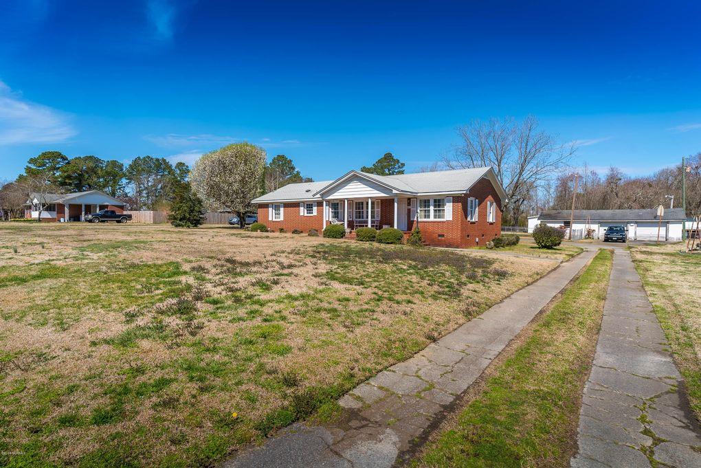 2471 Kittrell Hill Rd, Farmville, NC 27828