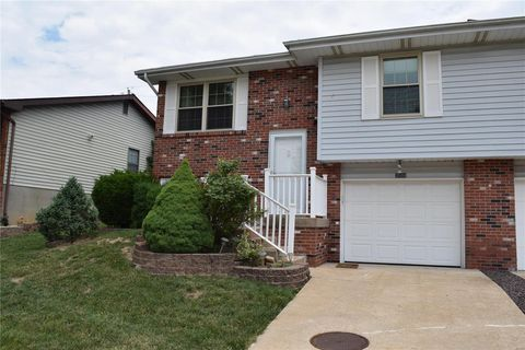 Photo of 2508 Tanglewood Dr, Arnold, MO 63010