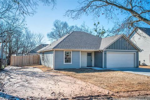 Photo of 208 Second St, Valley View, TX 76272