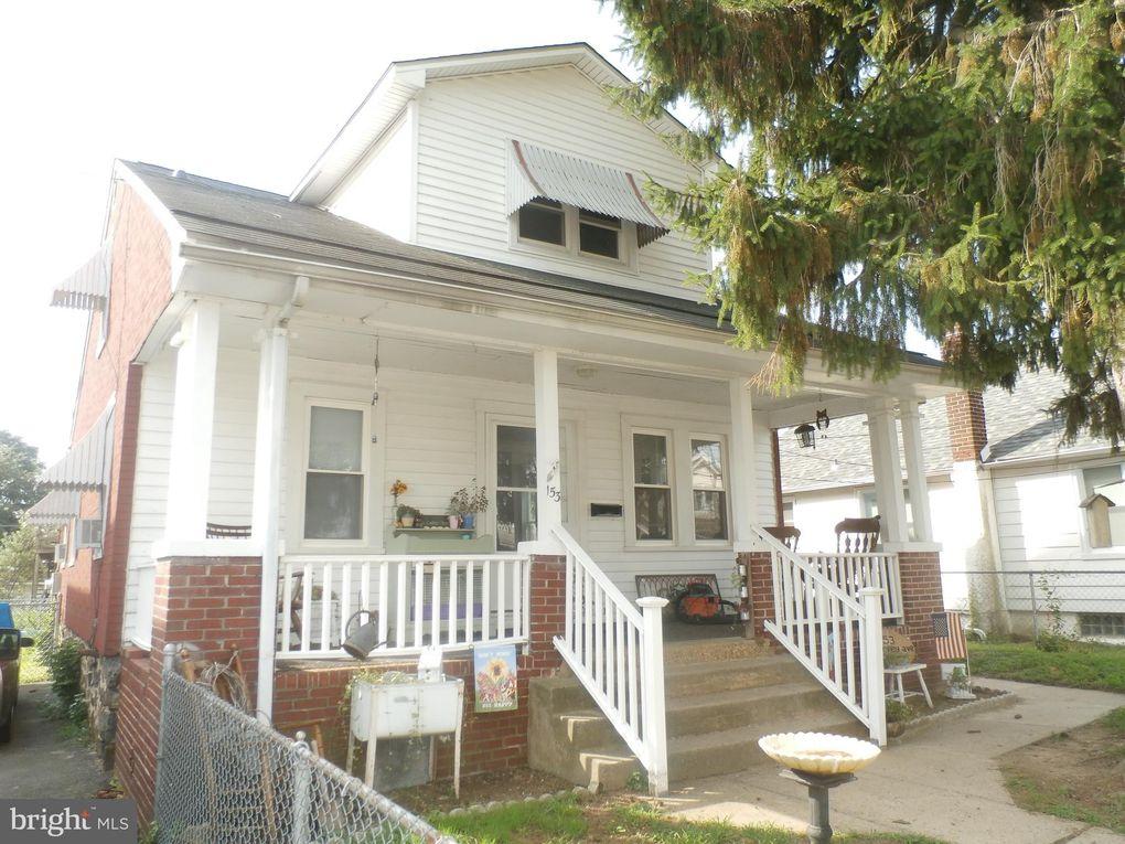 153 Harvey Ave Linwood, PA 19061