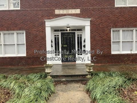 Photo of 132 Terrace Pl Apt 2 132 2 Pl Unit Terrace, Jackson, TN 38301