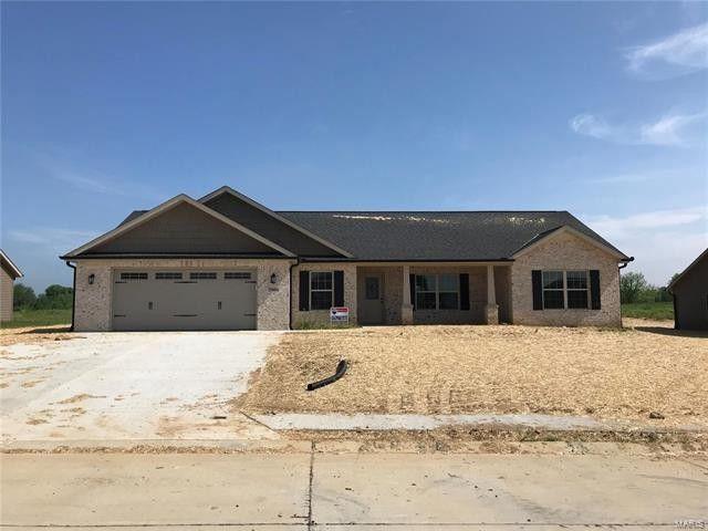 2566 Oak St, Jackson, MO 63755