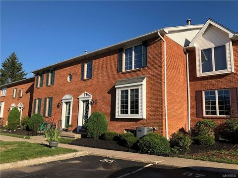 85 Tralee Ter, East Amherst, NY 14051