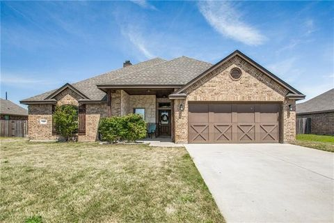 Photo of 509 Ethan Dr, Weatherford, TX 76087