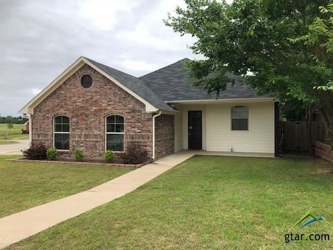 Photo of 7285 Rockpoint Cir, Tyler, TX 75703