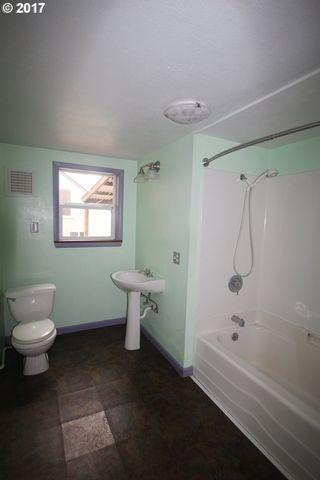 Bathroom Fixtures Eugene Oregon 2674 harris st, eugene, or 97405 - realtor®