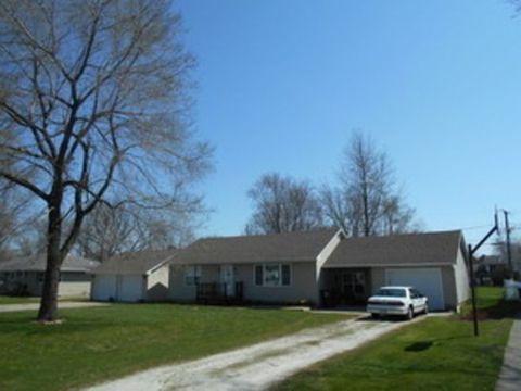 374 N Park Rd, Herscher, IL 60941