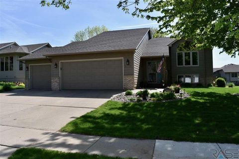 Photo of 4112 S Judy Ave, Sioux Falls, SD 57103
