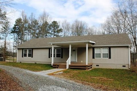 462 Wo Smith Rd, Jefferson, GA 30549