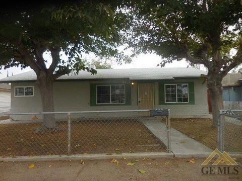 115 Van Buren St, Taft, CA 93268