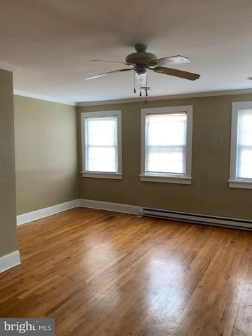 Photo of 106 N Main St Apt 2, Woodstock, VA 22664