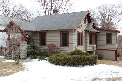 Photo of 67 Eagle Rd, Worcester, MA 01605