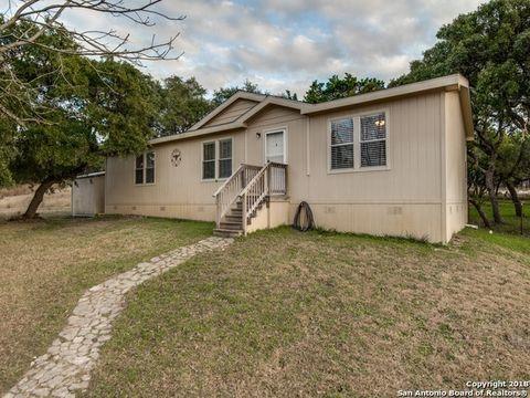 297 E 24th St, Lakehills, TX 78063