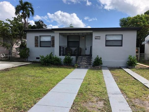 Photo of 3050 Nw 1st St, Miami, FL 33125
