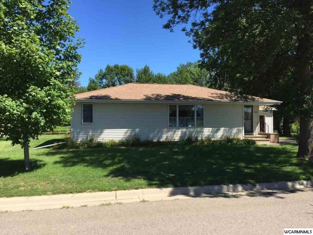 448 9th St, Westbrook, MN 56183