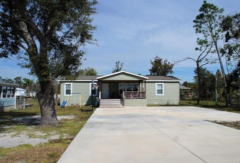 Photo of 7724 Alabama Ave, Port Saint Joe, FL 32456