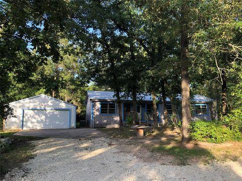 Photo of 934 Winding Creek Dr, Trinity, TX 75862