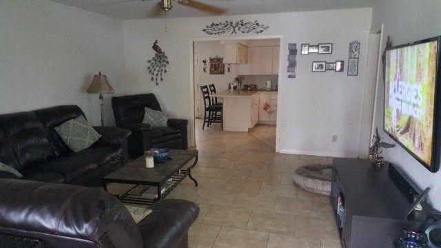 2608 E Poplar Ave Victoria TX 77901
