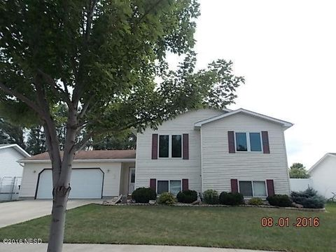 3012 4th Ave Nw, Watertown, SD 57201