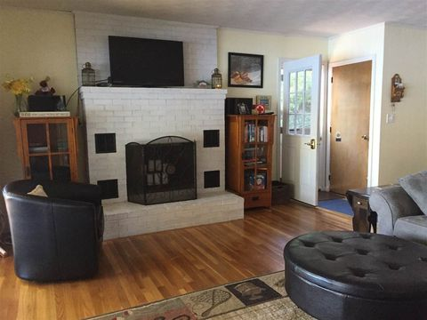 120 N Shore Rd, Chesterfield, NH 03462