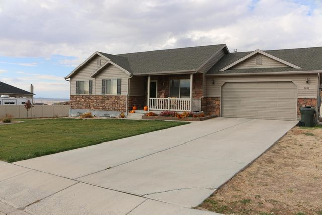 2039 e saddleback view dr enoch ut 84721 home for sale