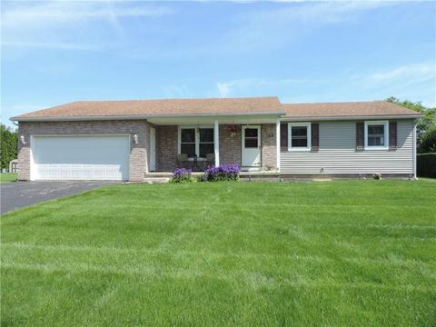 108 Sweet Acres Dr, Rochester, NY 14612
