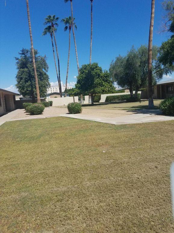 10571 W Coggins Dr, Sun City, AZ 85351