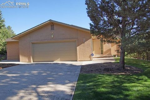 Photo of 325 Discovery Ct, Colorado Springs, CO 80919