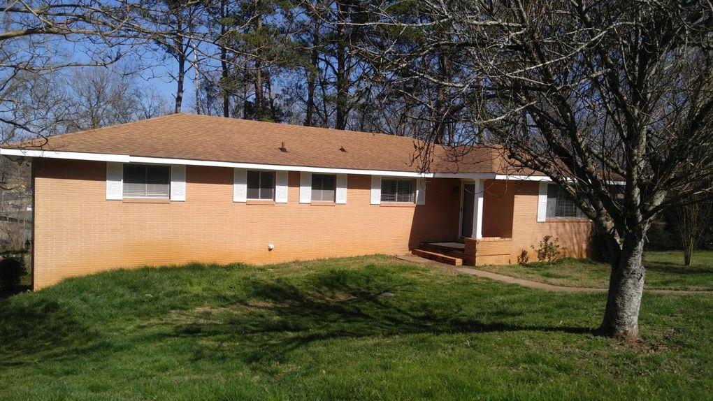 1086 Julian Rd, Chattanooga, TN 37421