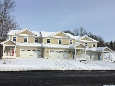 131 Mill St, Manlius, NY 13066