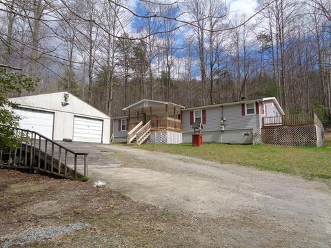 Phenomenal Madison Wv Mobile Manufactured Homes For Sale Realtor Com Home Interior And Landscaping Eliaenasavecom