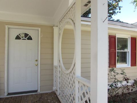 Photo of 2571 Highview St, Sumter, SC 29154