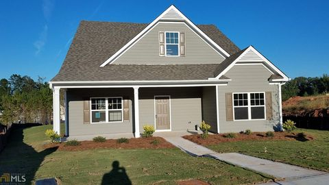 Newnan GA Homes With Special Features