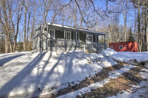 Photo of 87 Peacock Hill Rd, New Gloucester, ME 04260