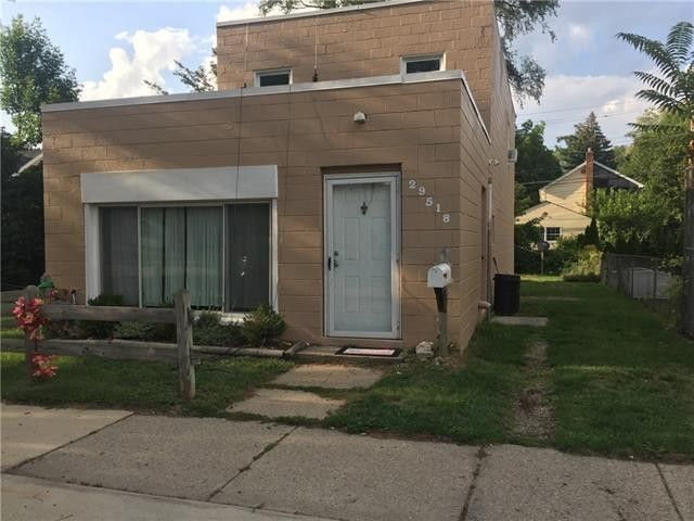 29518 Joy Rd Livonia Mi 48150 Home For Rent Realtorcom