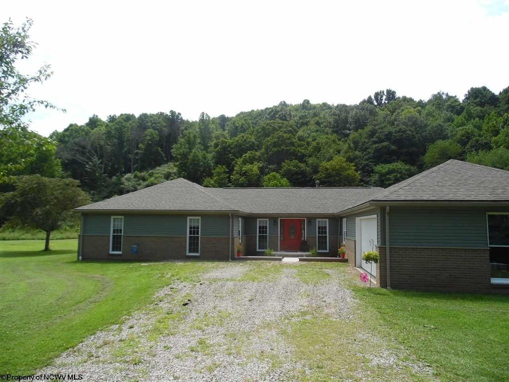 1131 Isaacs Creek Rd Lost Creek, WV 26385