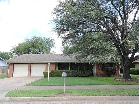 500 washington st mcgregor tx 76657 home for sale and real estate listing