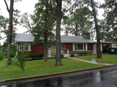 27 Forest Hill Dr, Salem, MO 65560