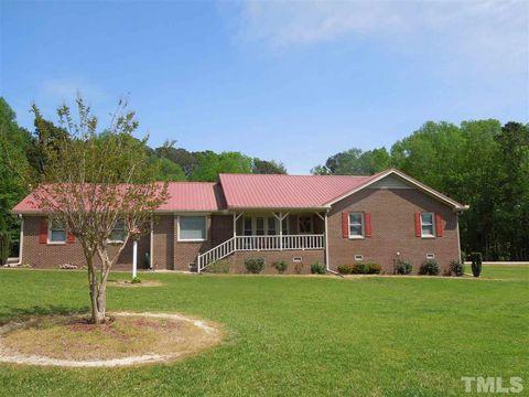 Photo of 832 Blue Pond Rd, Clayton, NC 27520