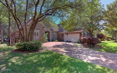 Photo of 7064 Rollinggreen Dr, Pass Christian, MS 39571