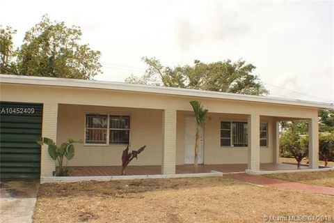 16520 Nw 21st Ave, Miami Gardens, FL 33054. House For Sale