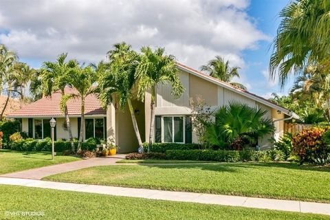 12987 La Rochelle Cir, Palm Beach Gardens, FL 33410. House For Sale