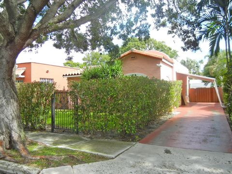 Photo of 431 35th St, West Palm Beach, FL 33407